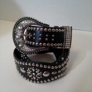 *HP Women's belt 36 Black Silver tone buckle Bling